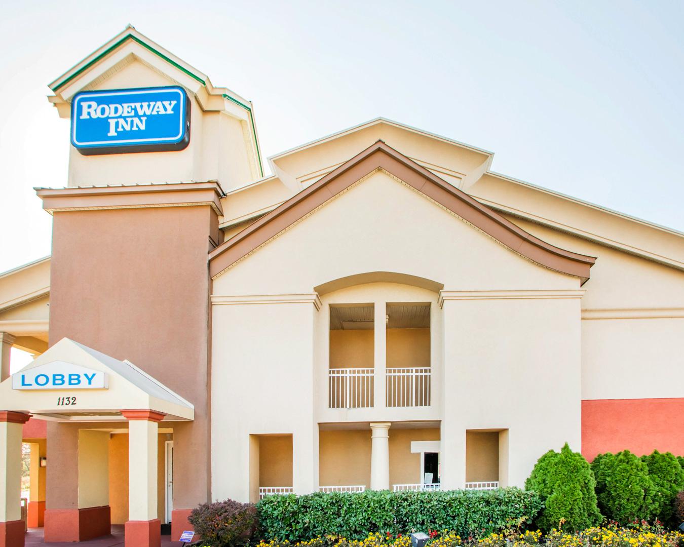 Rodeway inn in mount laurel nj 08054 for Hotels 08054