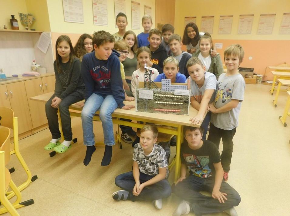 Základní škola a Mateřská škola Havířov-Město Na Nábřeží, příspěvková organizace