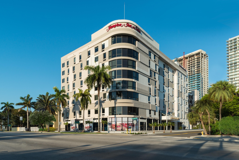 Hampton Inn Amp Suites Miami Midtown Miami Florida Fl