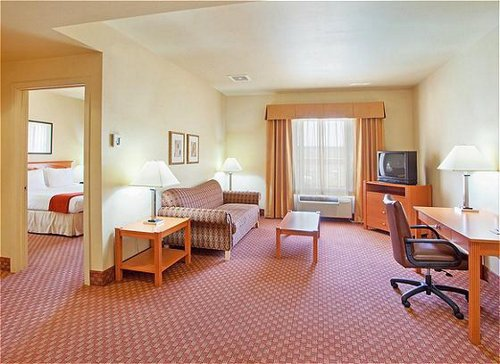 Holiday Inn Express & Suites Fremont - Milpitas Central image 3