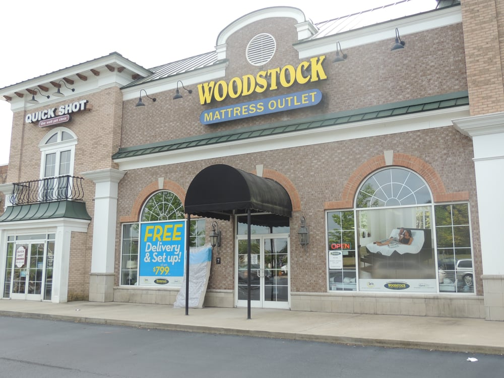Woodstock mattress outlet in canton ga 30114 for Woodstock furniture and mattress outlet reviews