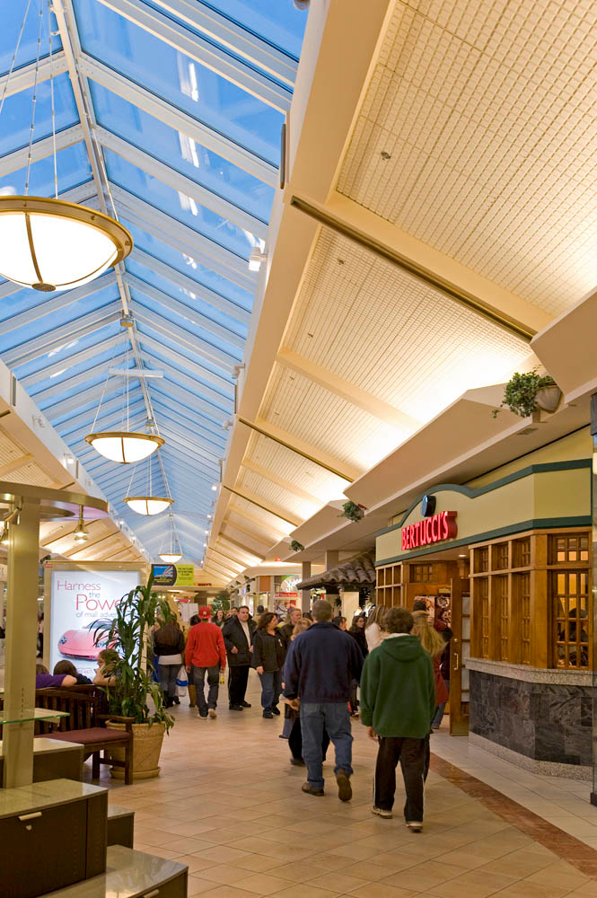 Mall Of New Hampshire Food Court