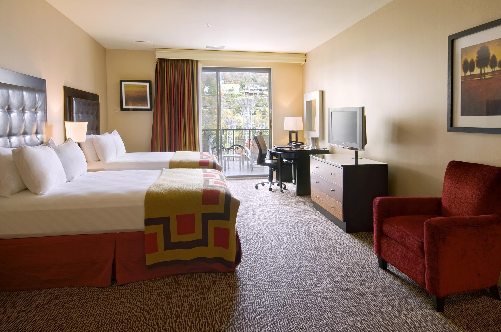 Hotels In Branson Mo Near The Landing