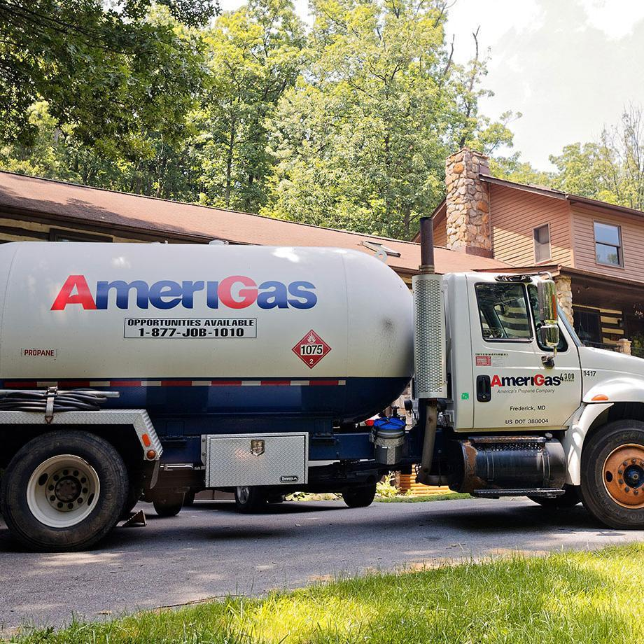 Flexible delivery options help you plan your propane deliveries around your life—not the other way around.