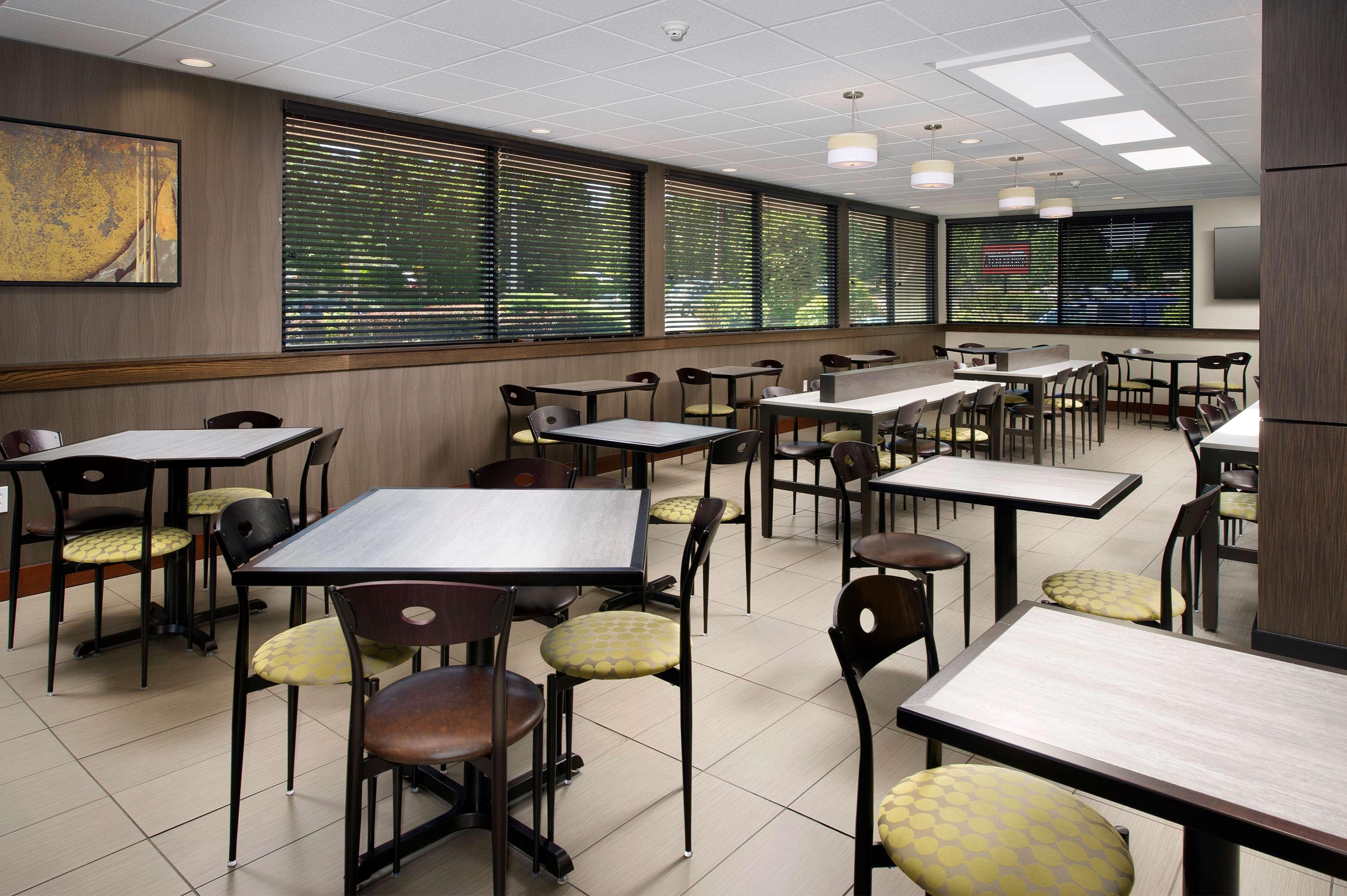 Restaurant Best Western Seattle Airport Hotel Seattle (206)878-3300