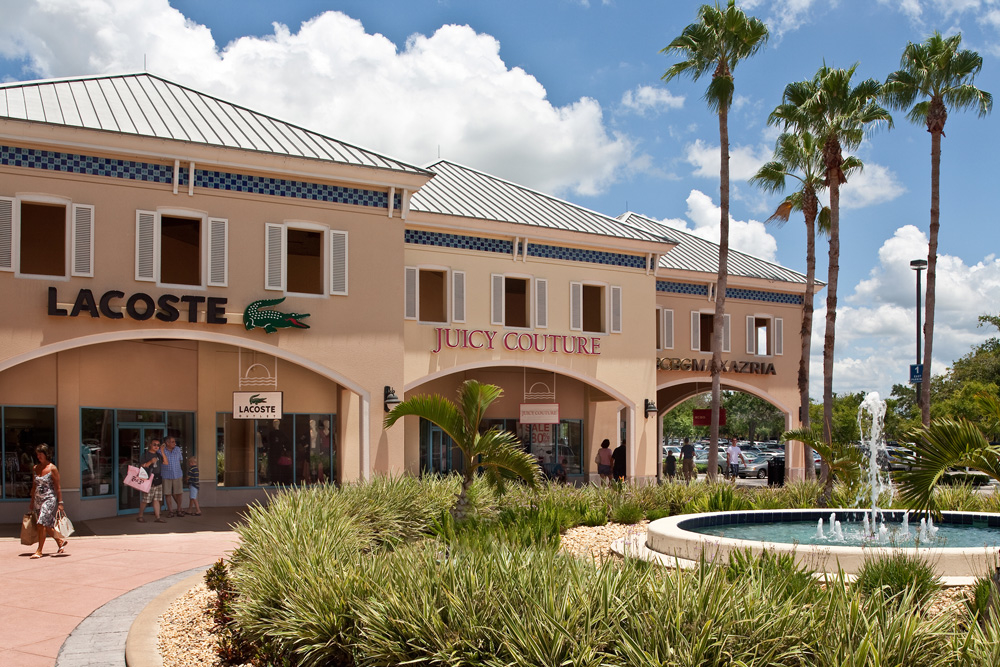 Ellenton Premium Outlets is a perfect shopping stop for the area residents and visitors looking for a delightful wallet-friendly shopping experience any time of the year. Store Directory * .