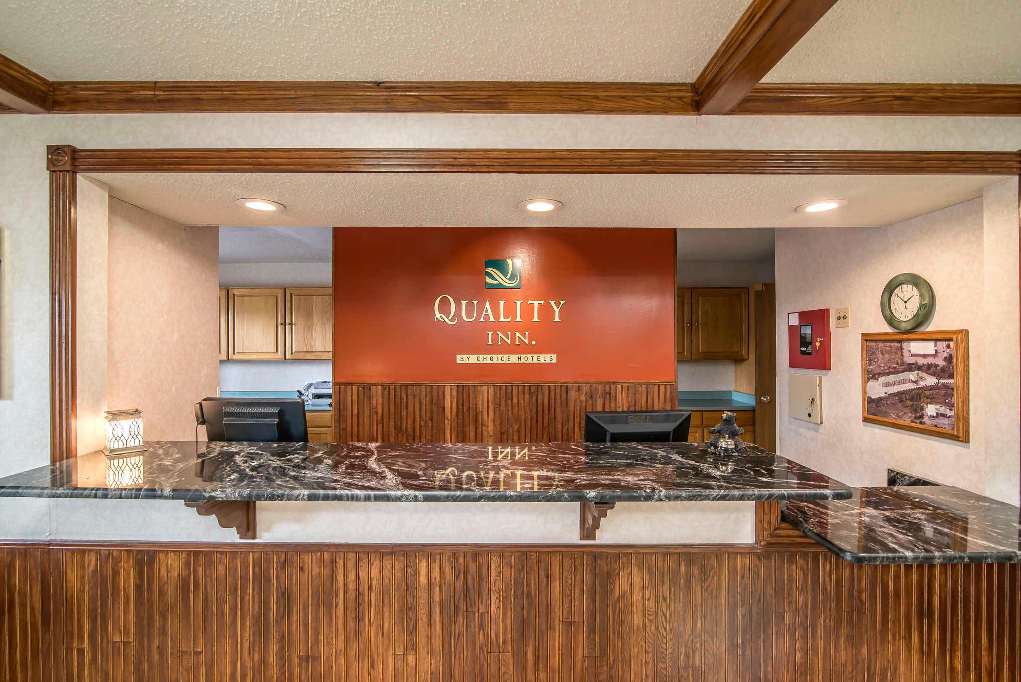 Phil Long Ford Raton >> Quality Inn, Raton New Mexico (NM) - LocalDatabase.com