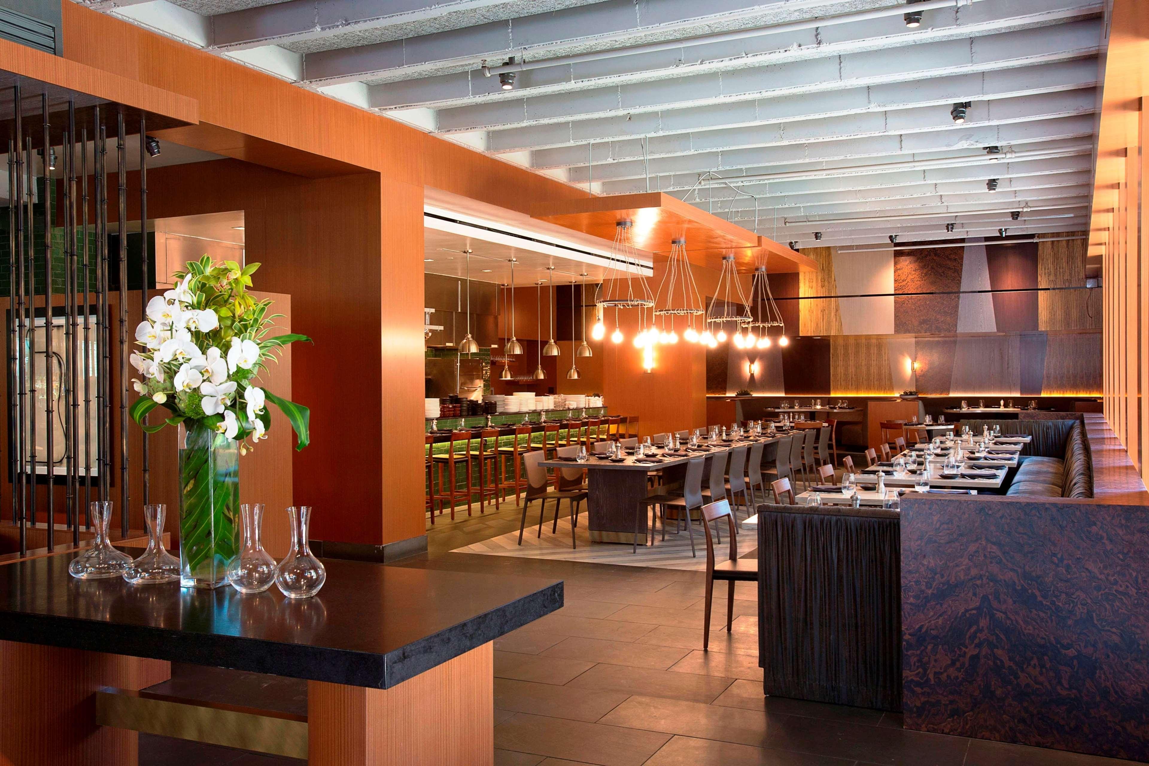 Restaurants Near Highland Hotel Dallas