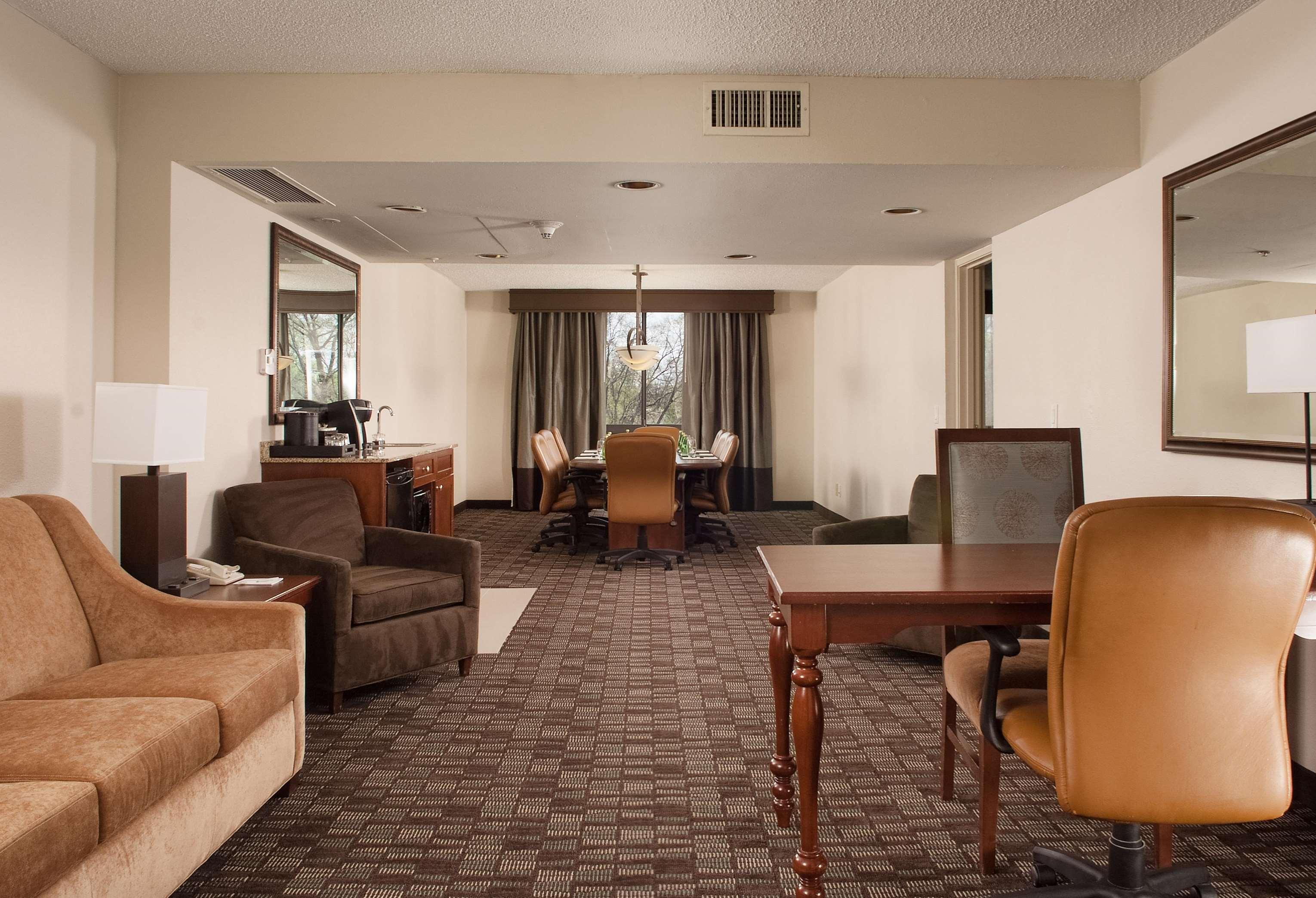 Hilton Hotels Near Music City Center Nashville