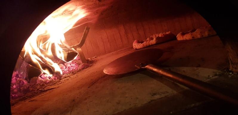 Al Desco Pizzeria Gourmet
