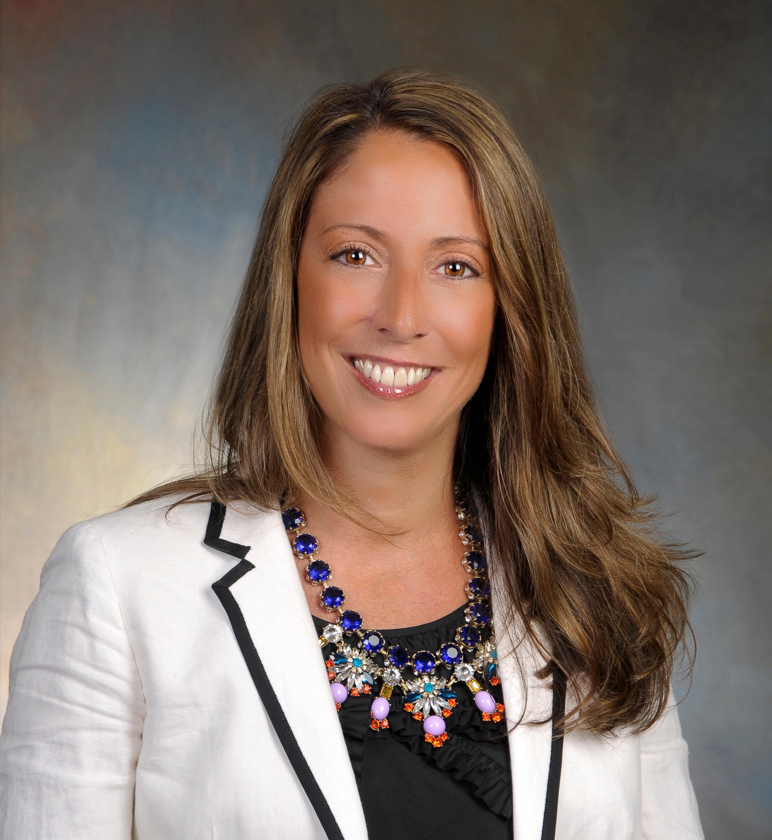 Lisa Hayes, MD