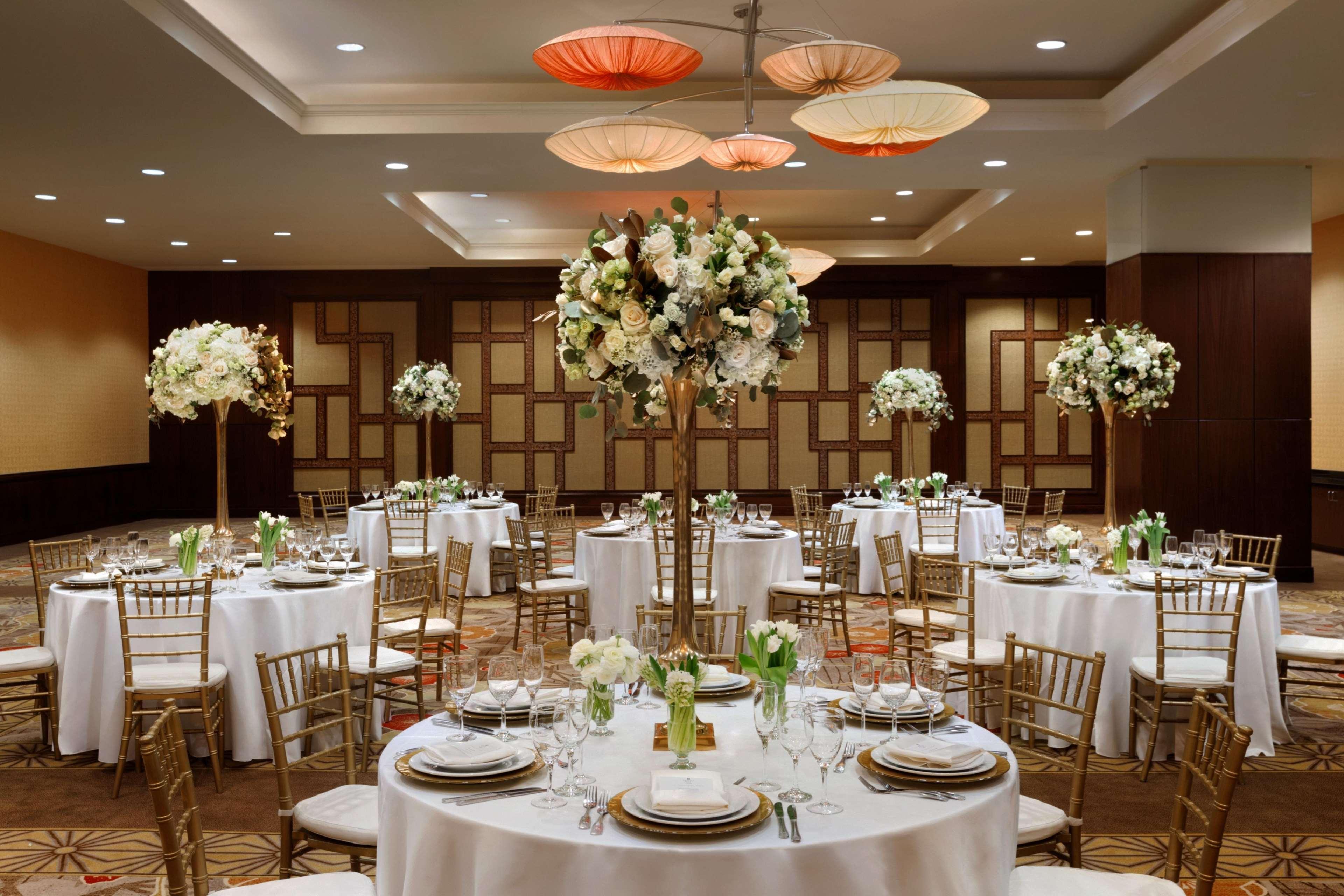 Glendale Hilton Hotel Restaurant