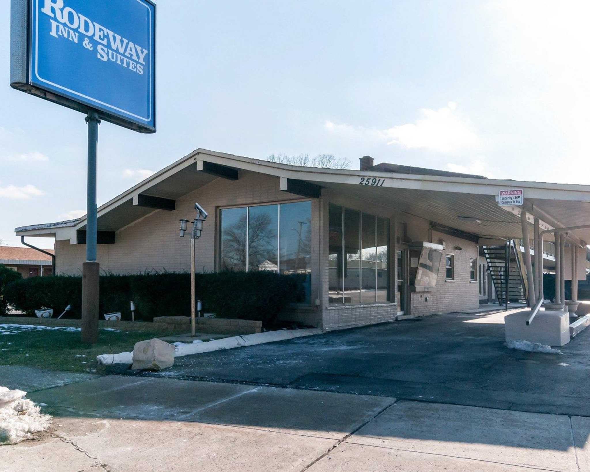 Motels On Michigan Ave Inkster Mi
