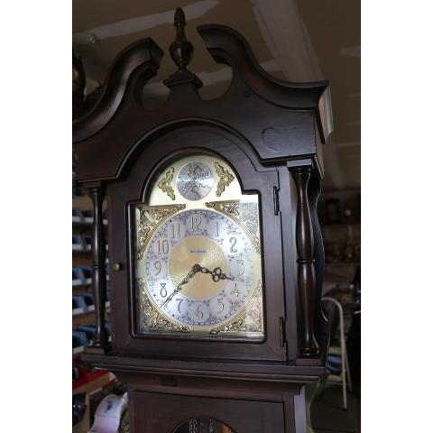 Art's Clock Shop