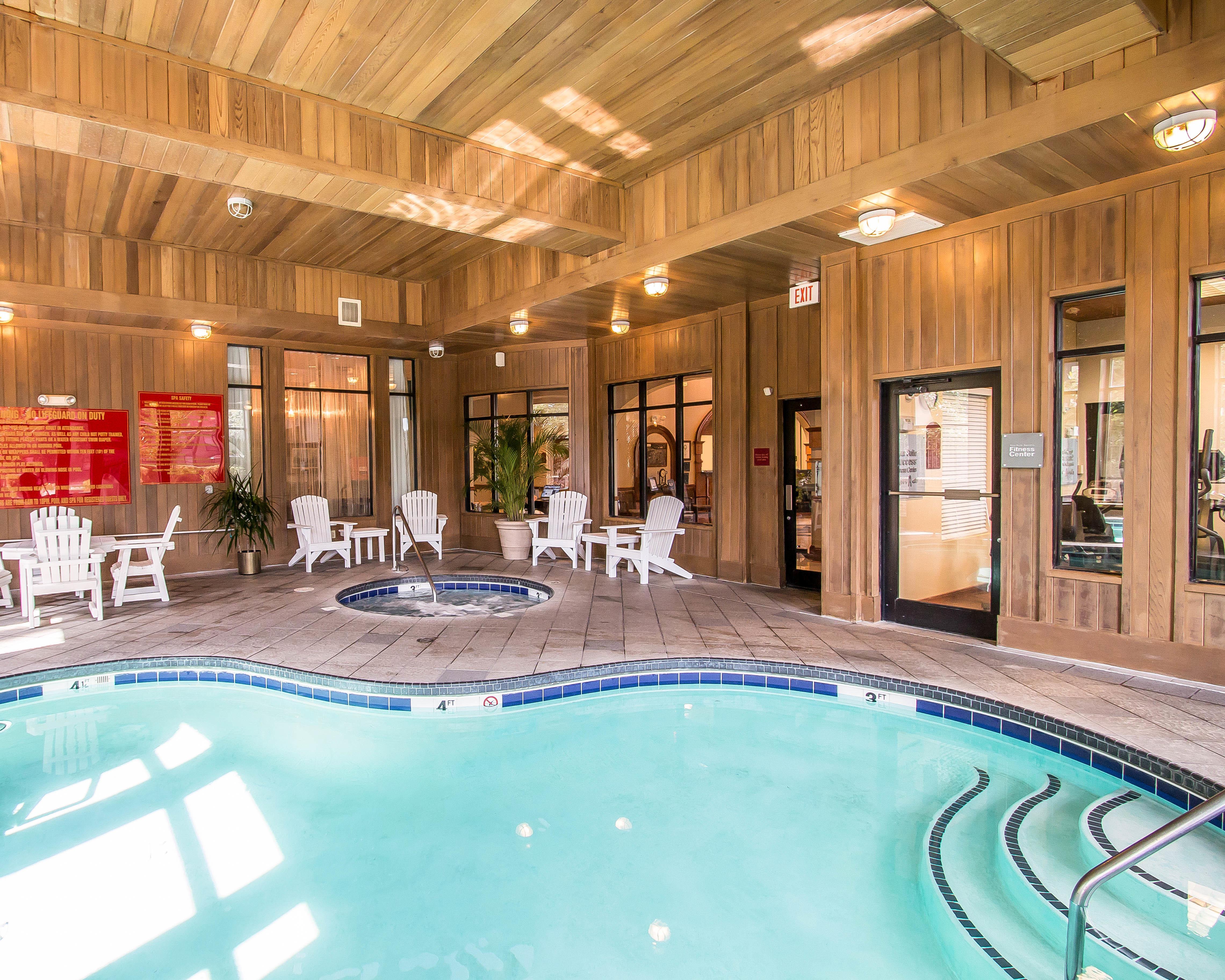 Comfort Suites Historic District Savannah 28 Images