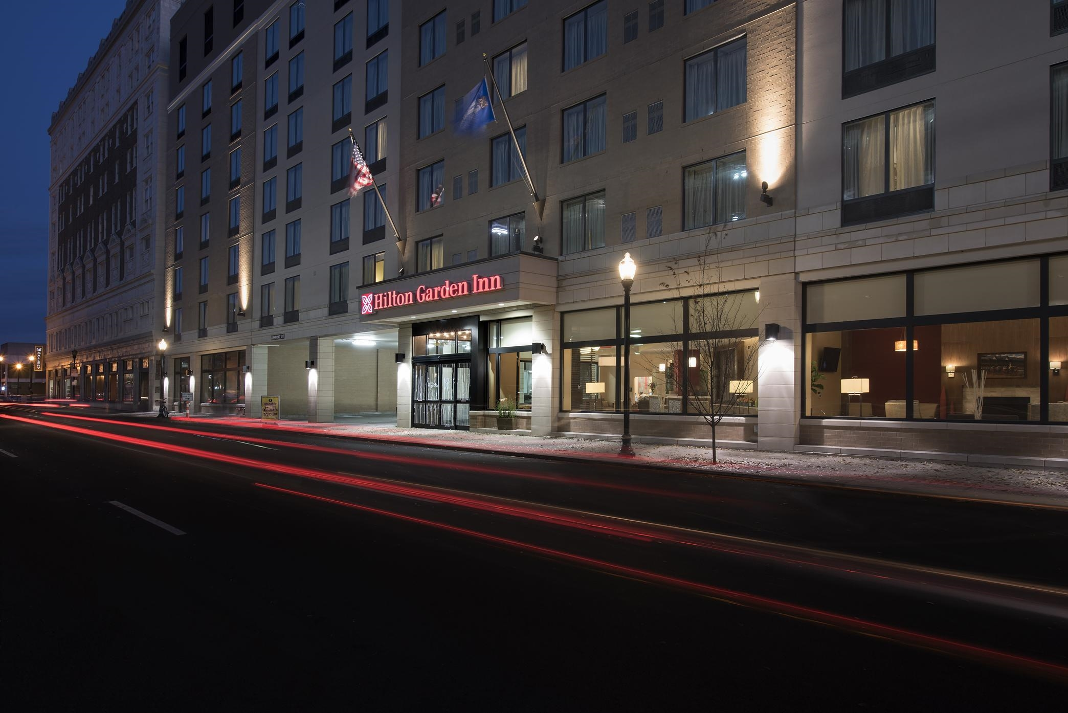 Hilton Garden Inn Louisville Downtown Coupons Louisville Ky Near Me 8coupons