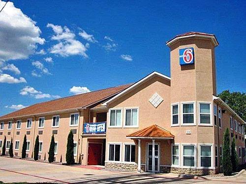 Motel 6 Hutchins Tx image 7