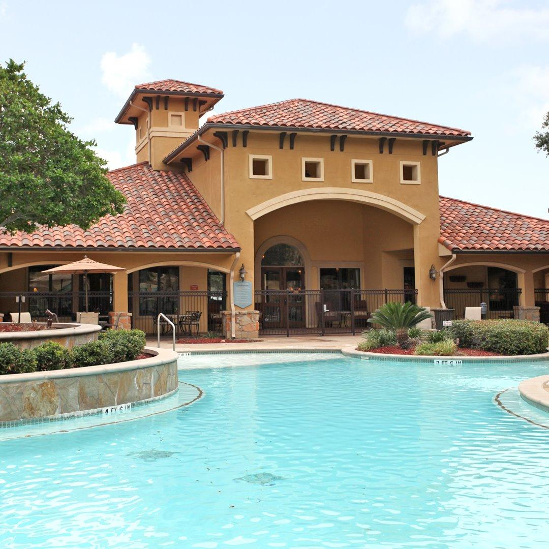 The Montecristo Apartments In San Antonio, TX, San Antonio