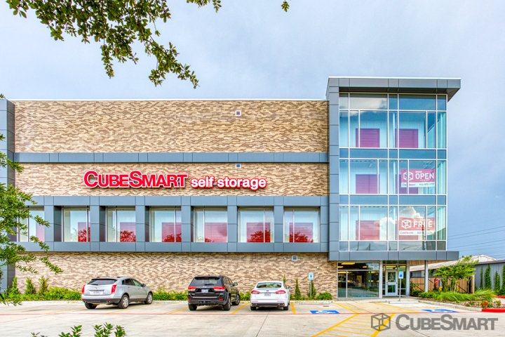 CubeSmart Self Storage - Houston, TX 77025 - (832)356-3633 | ShowMeLocal.com