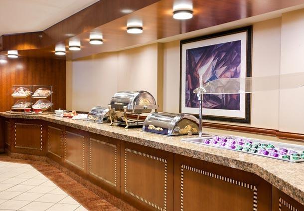 Center City Philadelphia Hotel - Residence Inn by Marriott Philadelphia Center City - Free Hot Breakfast Served Daily