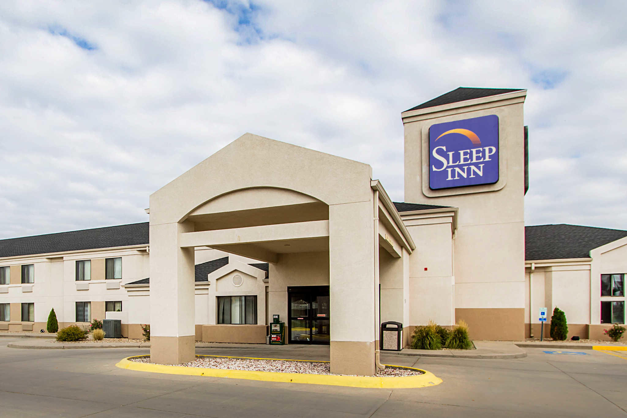 Hotels In Grand Island Ne Near Fonner Park