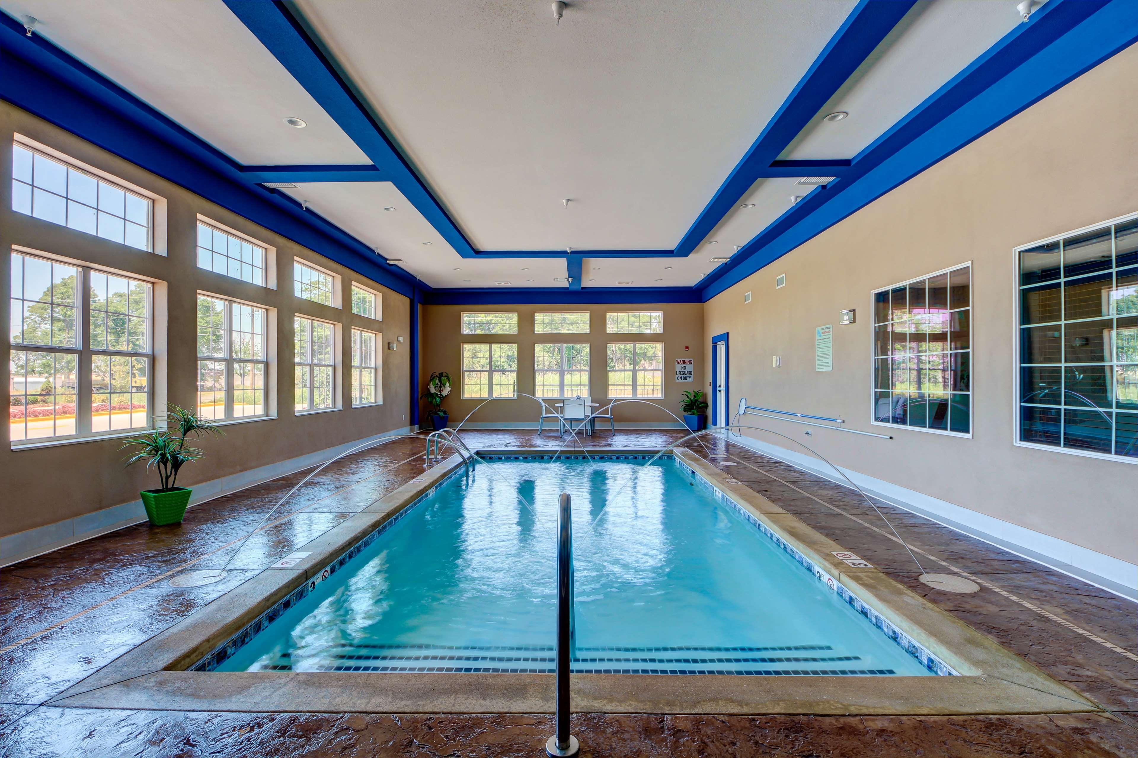 Best Western Plus The Inn Amp Suites At Muskogee Muskogee