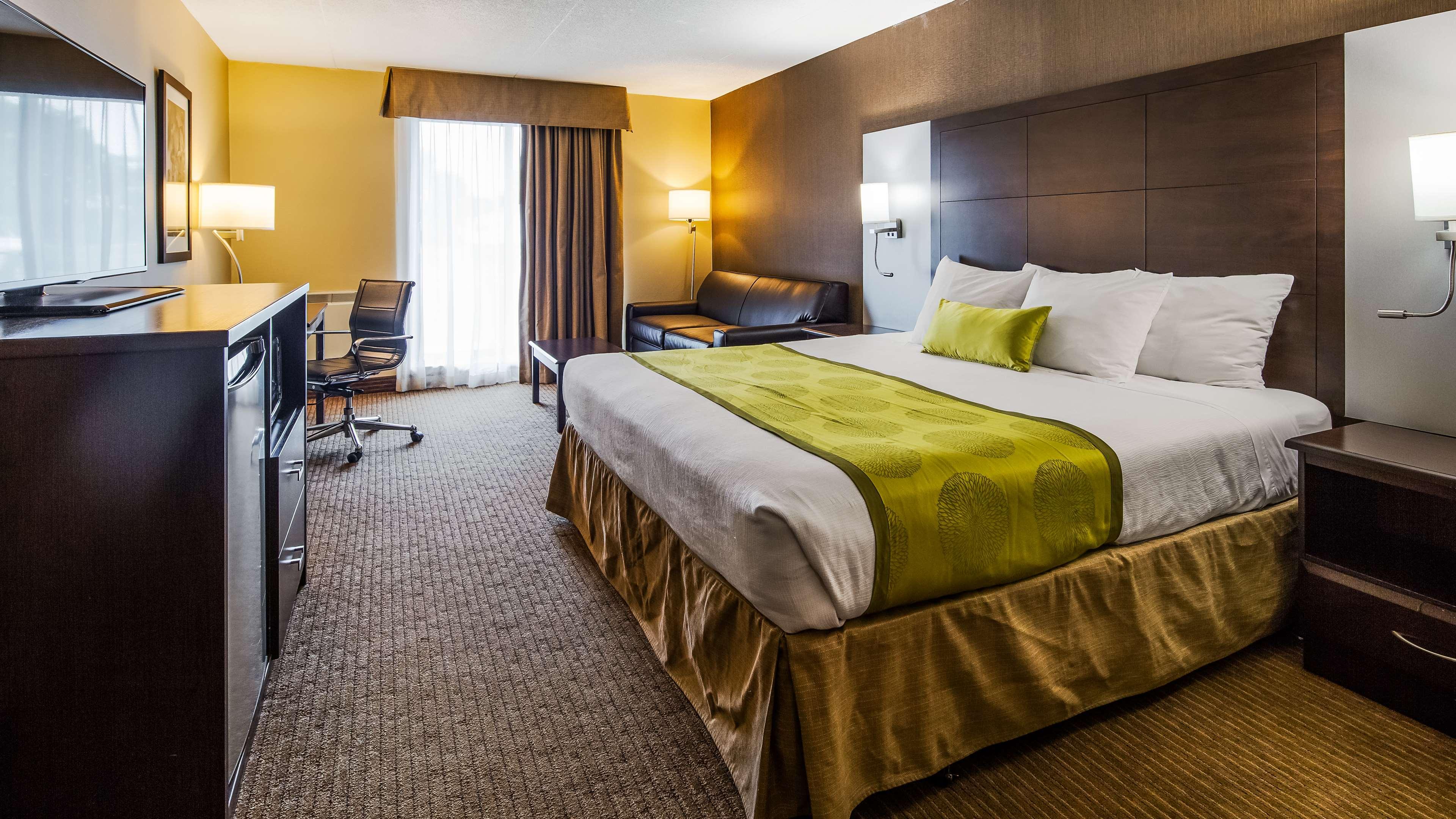 Guest Room Best Western Plus Leamington Hotel & Conference Centre Leamington (519)326-8646