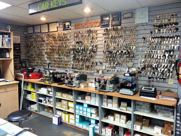 West Coast Mobile Locksmiths in Burnaby: Contact us for commercial lock services!
