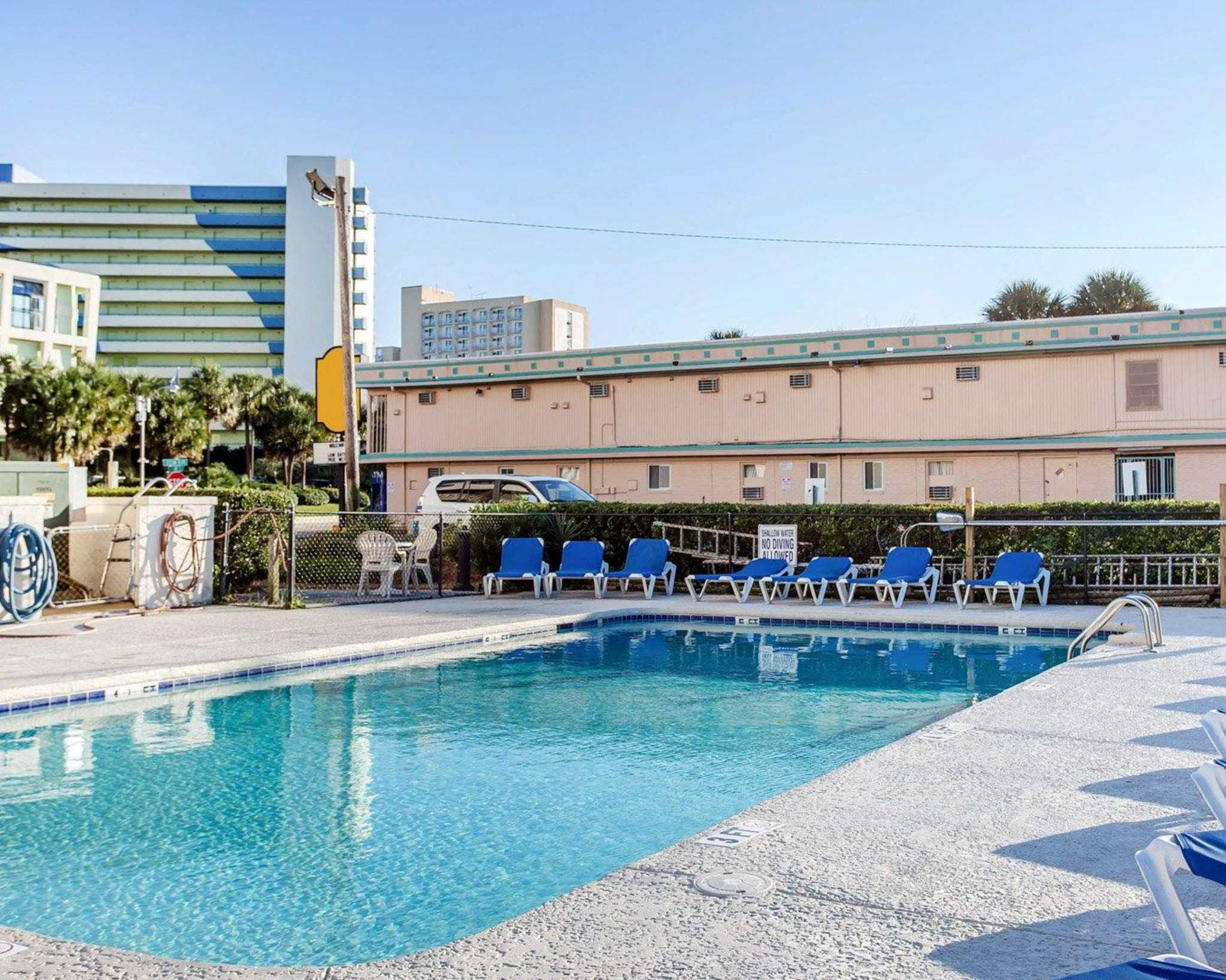 Two Bedroom Suites In San Francisco Quality Inn Amp Suites Coupons Near Me In Myrtle Beach