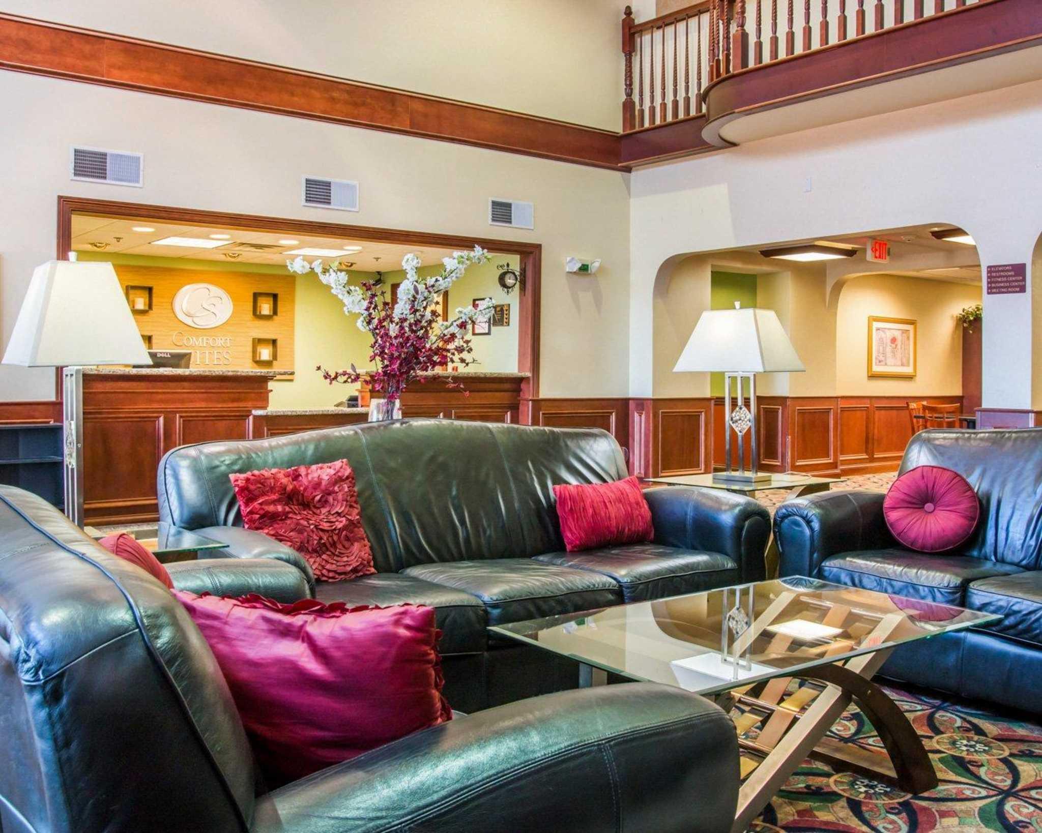 Comfort Suites In Findlay  Oh 45840