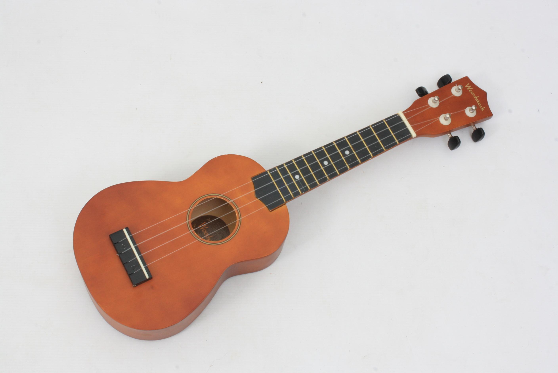 Freya Guitars