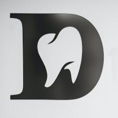 Bild zu Zahnarztpraxis Verena & Klaus Heilig Zahnarzt Zahnbehandlung Zahnersatz München in München