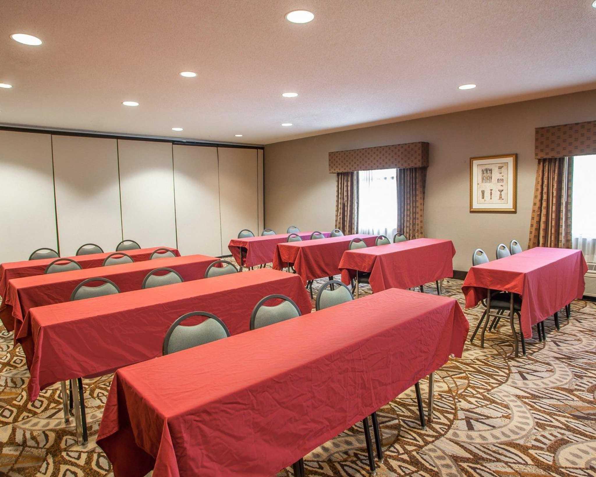 Comfort Inn Amp Suites Lees Summit Kansas City Lees Summit