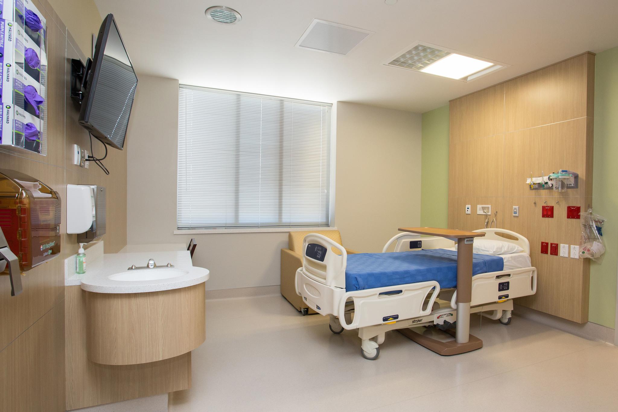 St. Rose Dominican, North Las Vegas Campus Patient Room
