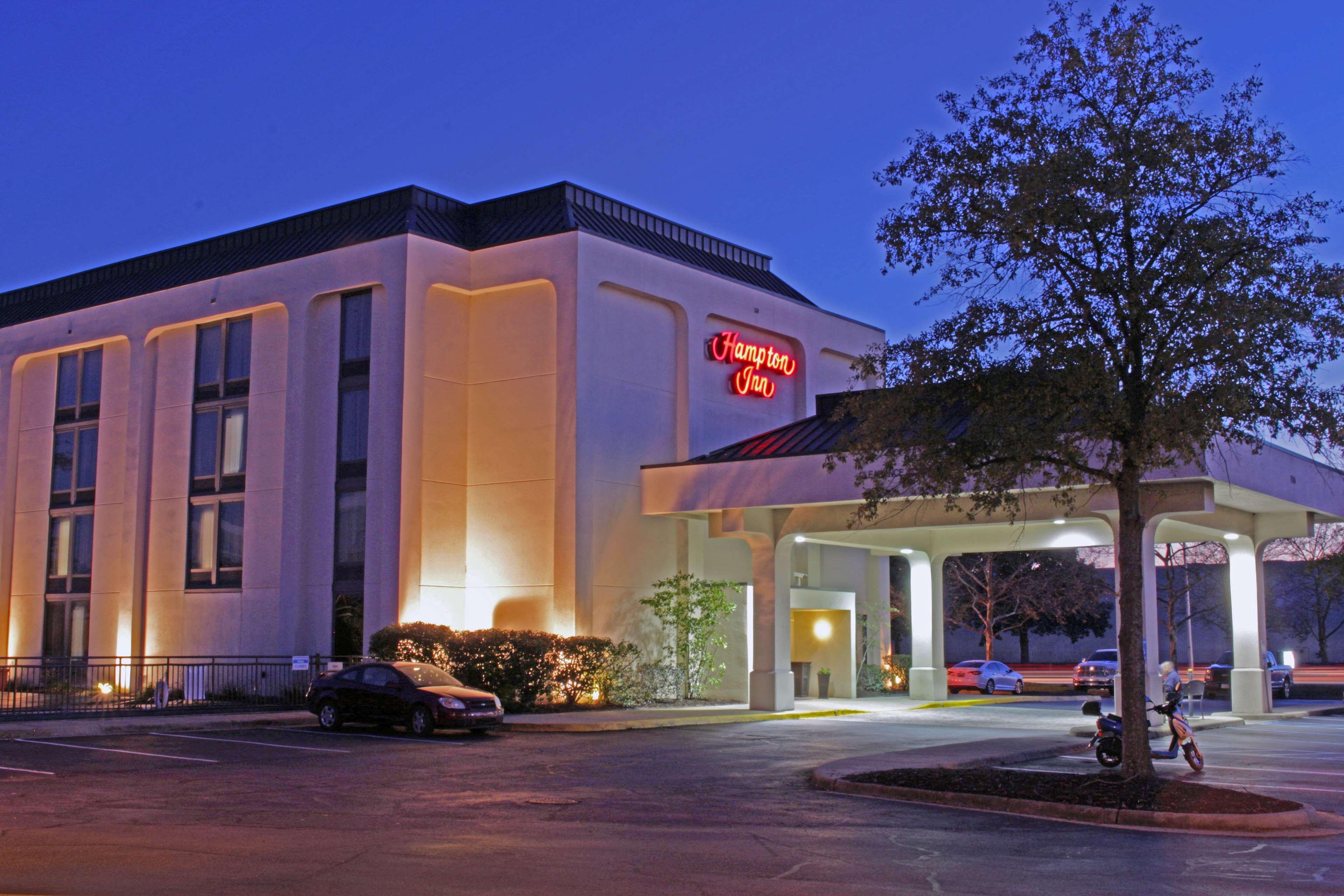 Hampton Inn Norfolk/Chesapeake (Greenbrier Area) - Chesapeake, VA 23320 - (757)420-1550 | ShowMeLocal.com