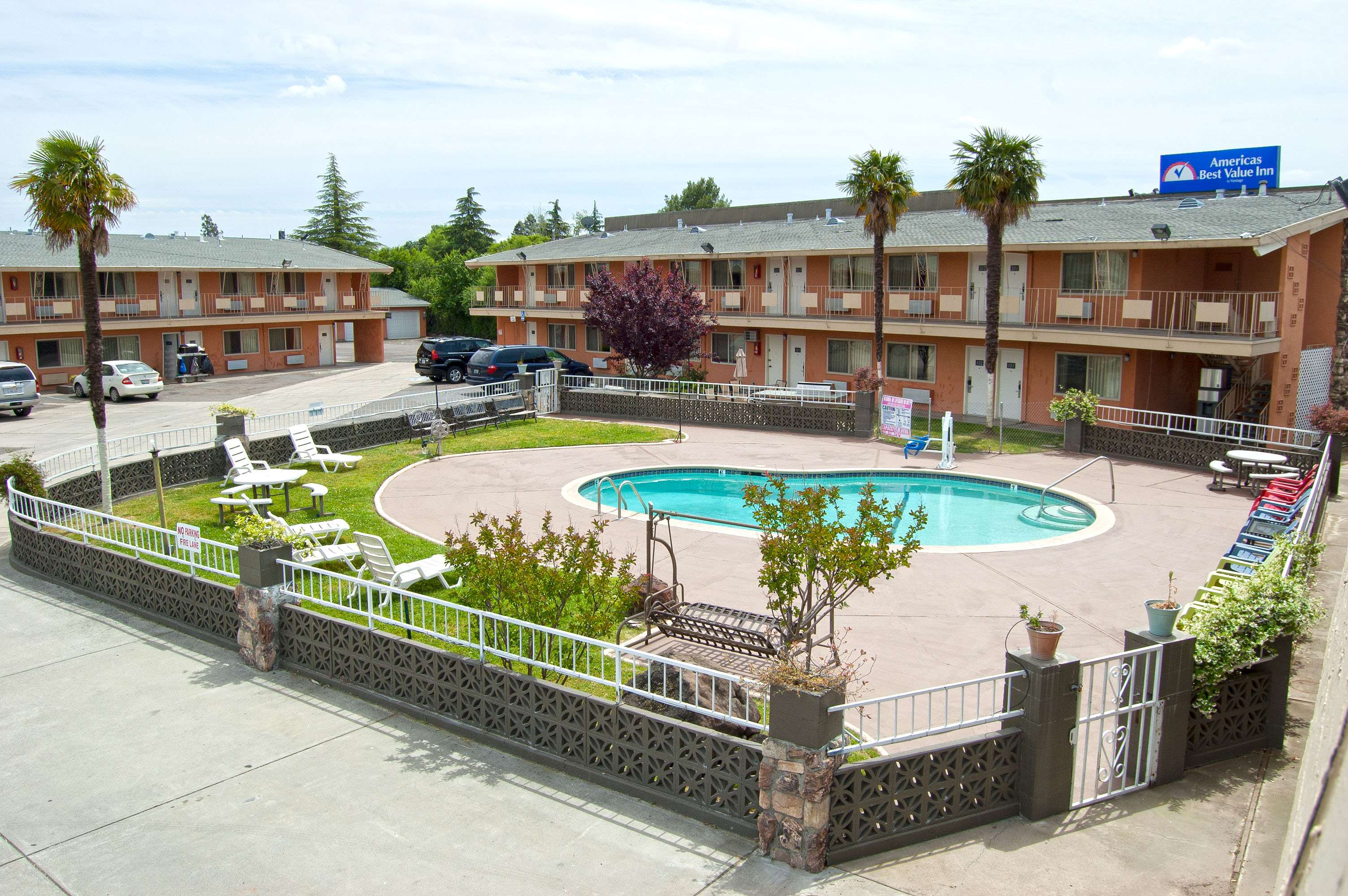 Americas best value inn red bluff coupons red bluff ca for Americas best coupon code