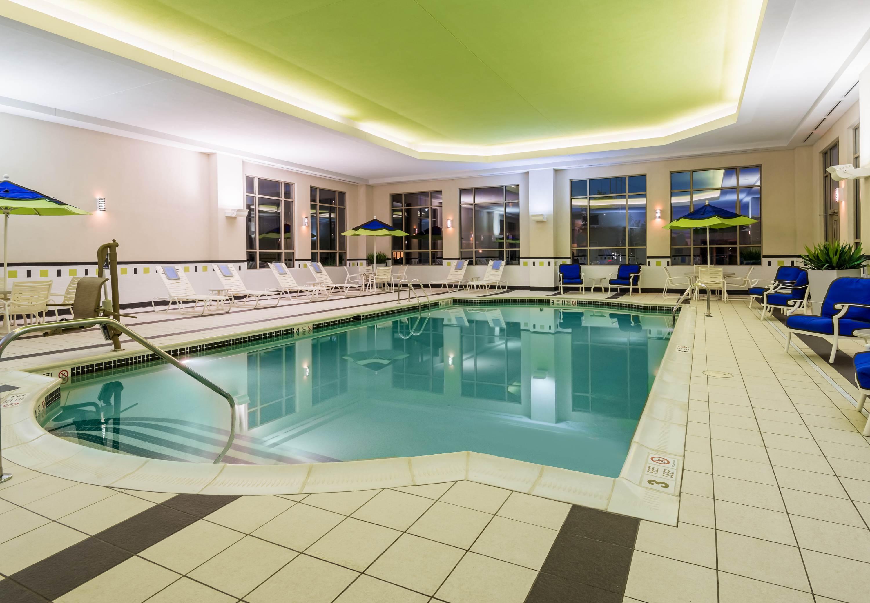 Fairfield Inn Suites By Marriott Buffalo Airport