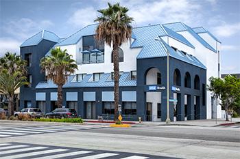 UCLA Spine Center - Santa Monica, CA 90401 - (310)319-3475   ShowMeLocal.com