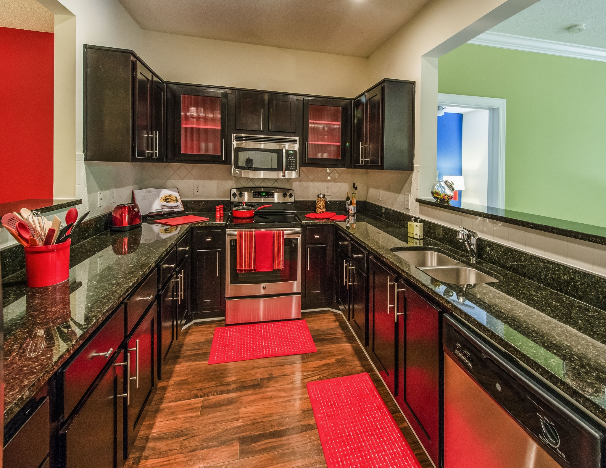 The London Apartments Atlanta Reviews
