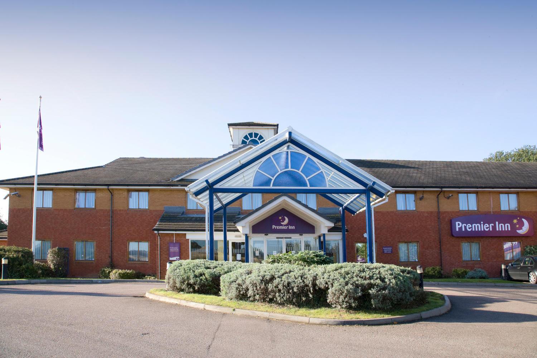 Premier Inn Luton South (M1, J9) hotel