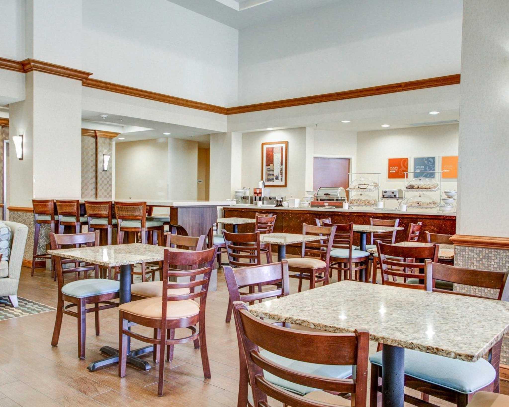 Weston Town Center Hotel
