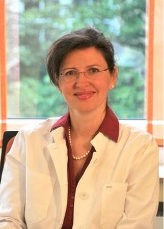 Dr. (H) Carla Hohl Kieferorthopädin