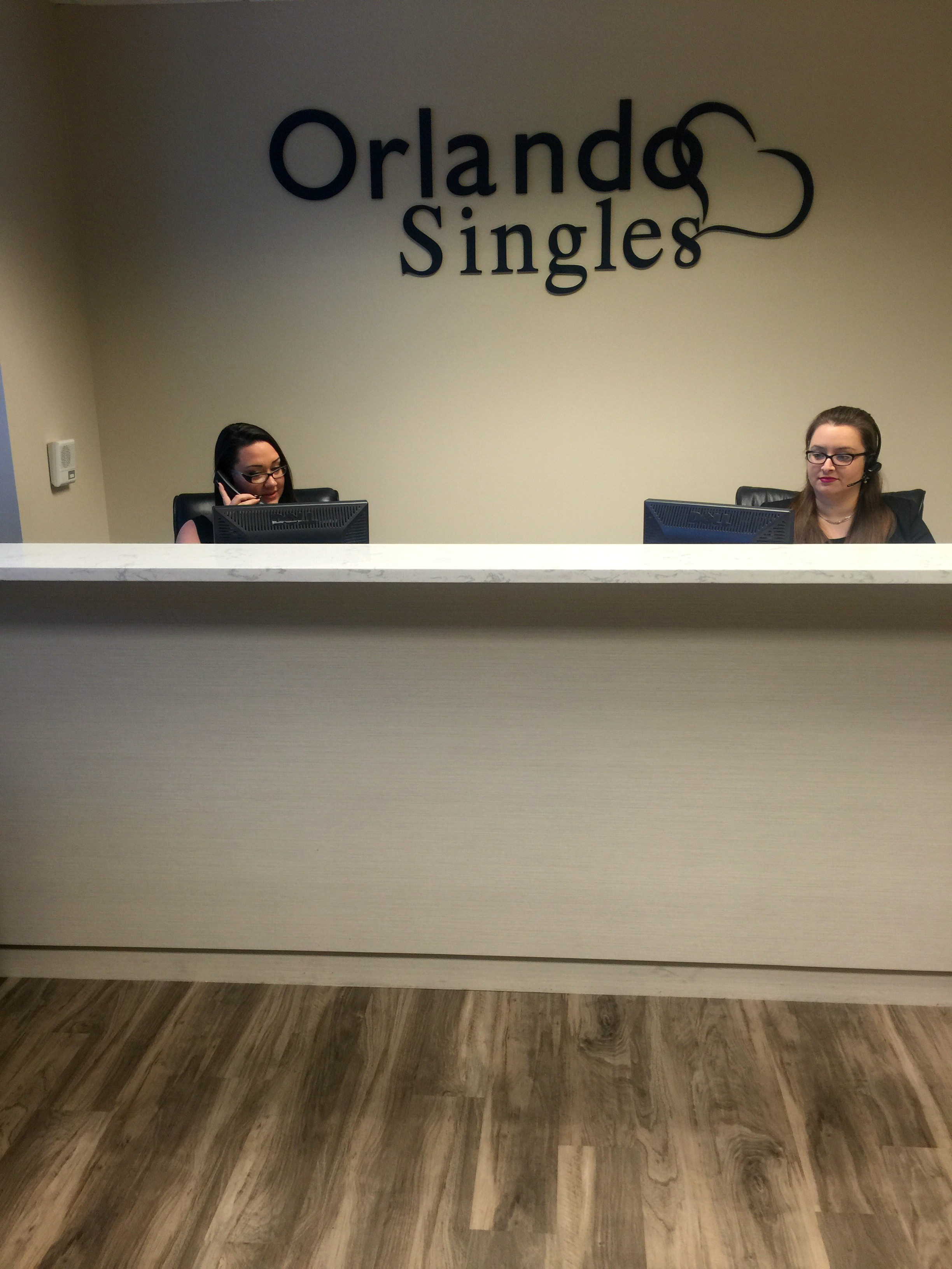 orlando singles Get the latest top events in orlando and central florida, including free events, concerts, festivals and much more.