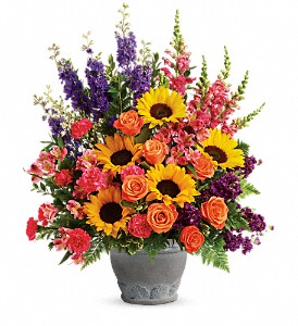 Our sympathy flowers are considerate, respectful, and always lovely.