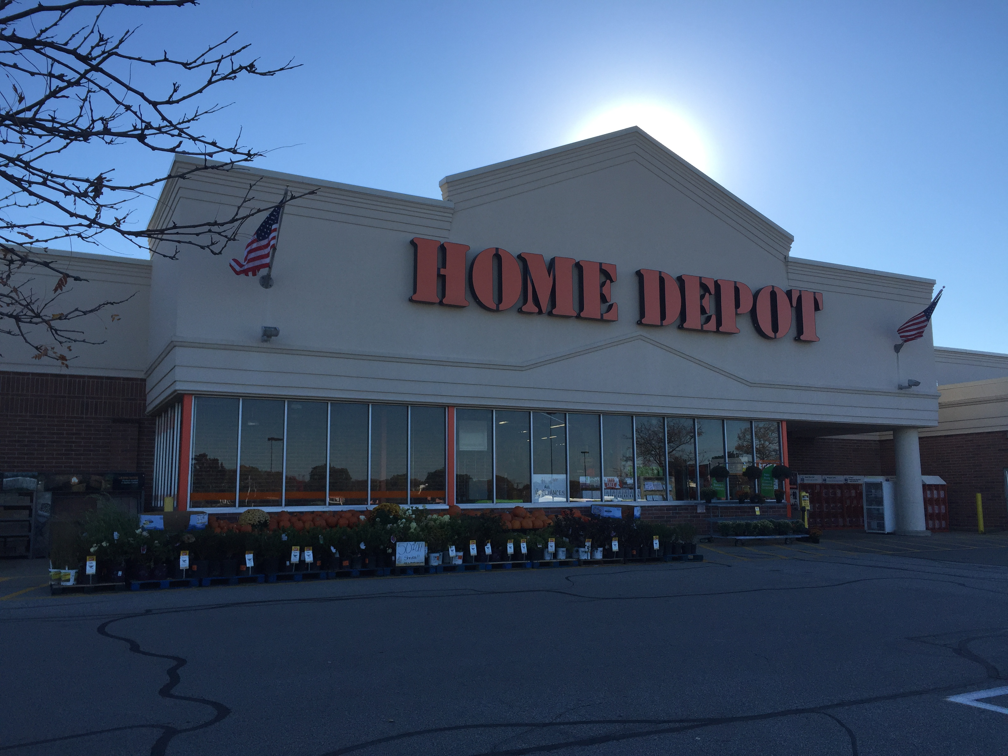 home depot hours saturday the home depot in strongsville oh 44136 852