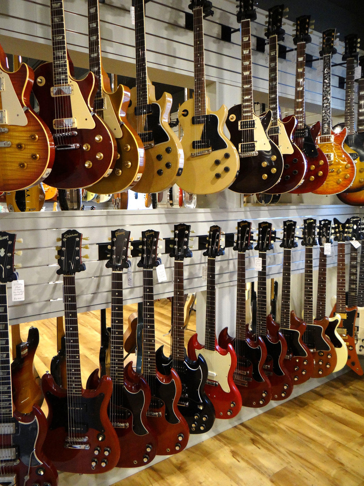 gruhn guitars inc nashville tennessee tn. Black Bedroom Furniture Sets. Home Design Ideas