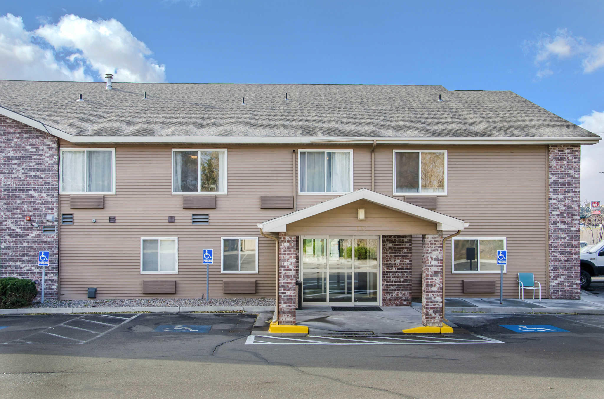 Comfort inn coupons idaho falls id near me 8coupons for Hotels 8 near me