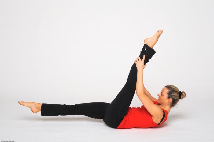 pilates bung straight leg stretch  keep in motion PILATES STUDIO | München