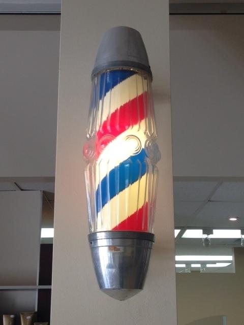 Supreme Hair Design & Esthetics in Ottawa: Barbershop sign