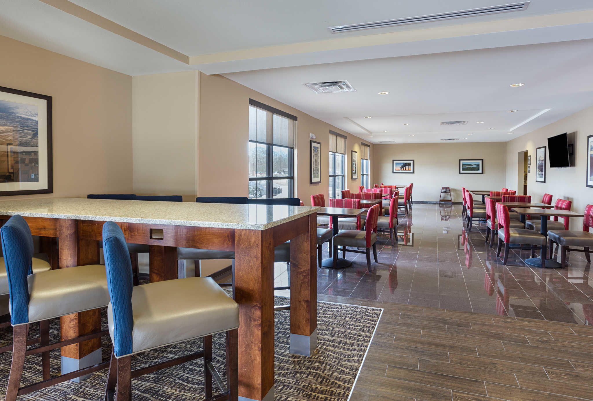Comfort Inn Amp Suites Coupons Near Me In Zachary 8coupons